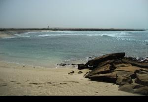 Murdeira, växande by med öde strand & fastighets spekulation, Kap Verde